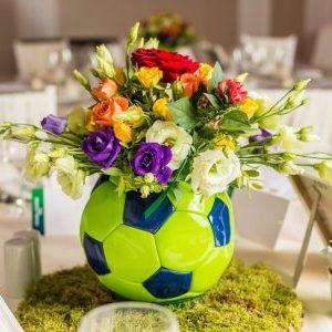 Aranjamente florale nunta de masa cu tematica Fotbal.
