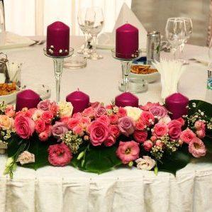 Aranjamente Florale Prezidiu la baza mesei