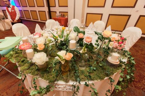 aranjamente florale nunta prezidiu