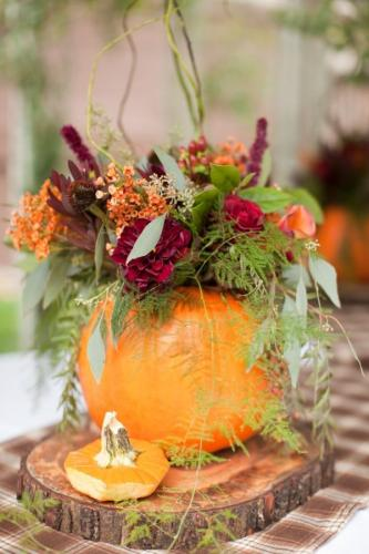 Fresh-October-Wedding-Decoration-Ideas-14-About-Remodel-Table-Centerpieces-For-Wedding-with-October-Wedding-Decoration-Ideas