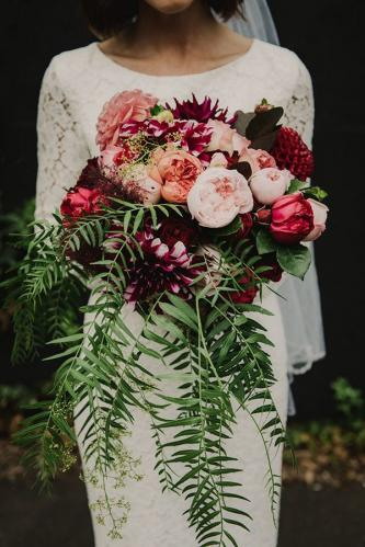 pretty-burgundy-and-blush-wedding-flowers